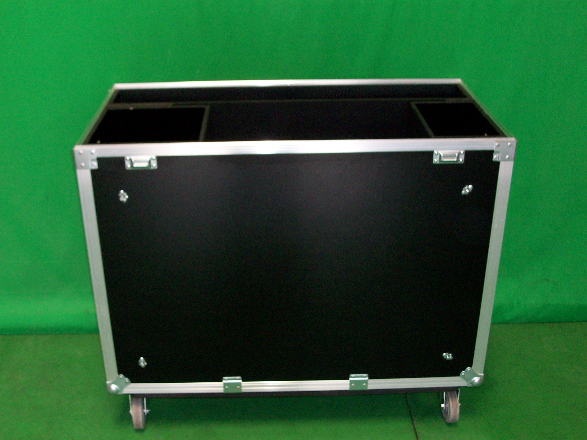 Print # 3810 - Custom case to hold 2 Premier Plasma Stand w Accessories & Tubes By Nelson Case Corp
