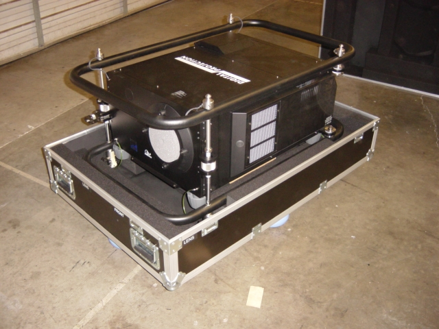 Print # 4078 - Digital Projection Highlite 12000dsx Shipping Case By Nelson Case Corp