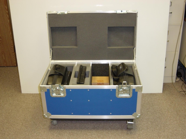 Print # 4079 - ATA shipping case for 2 Dell 3300 MP projectors with Laptop computer compartment and accessories  By Nelson Case Corp