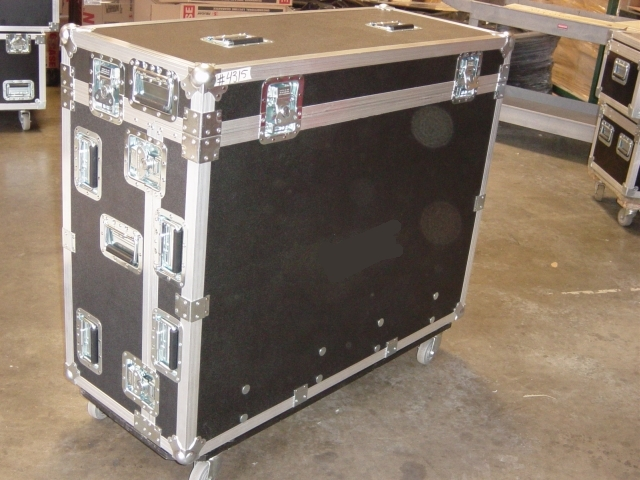 Print # 4315 - Custom case for Yamaha M7CL-32 Mixer By Nelson Case Corp