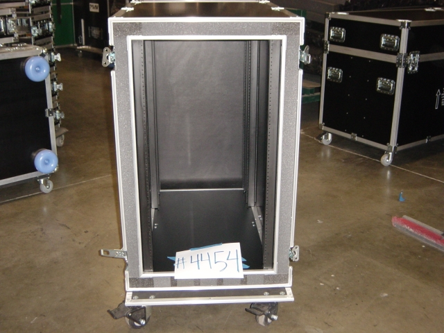 Print # 4454 - Custom case for 21 Space Double Rack with 36 By Nelson Case Corp