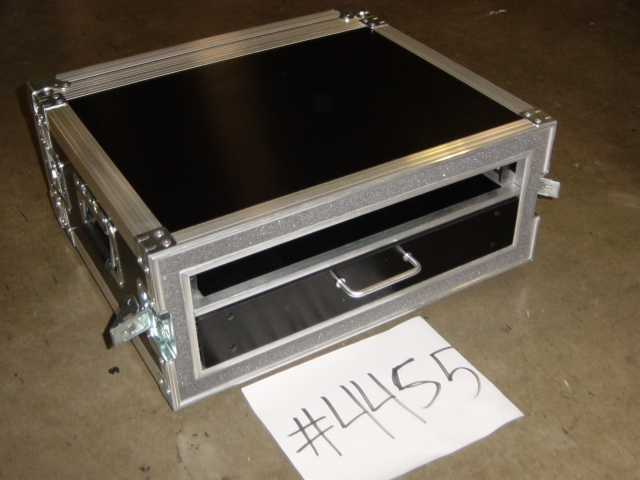 Print # 4455 - Custom case for 1 Space Double Rack with Wood Drawer for Mics & Accessories By Nelson Case Corp