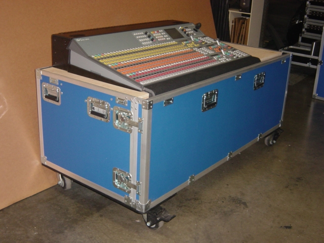 Print # 4695 - Custom case for FOH Console By Nelson Case Corp