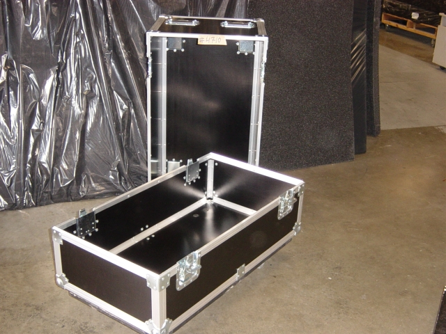 Print # 4710 - Custom case for (2) EAW NT59 Speakers By Nelson Case Corp