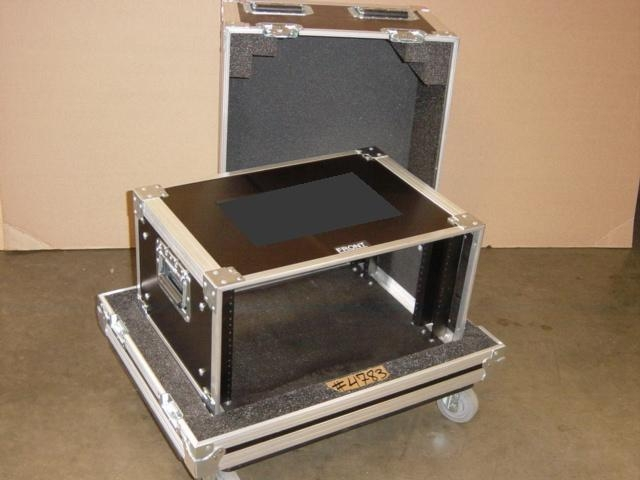 Print # 4783 - Custom case for 6 RU Rack By Nelson Case Corp