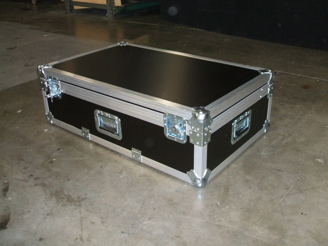 Print # 5501 - Custom case for Martin M1 Lighting Console with Accessories By Nelson Case Corp