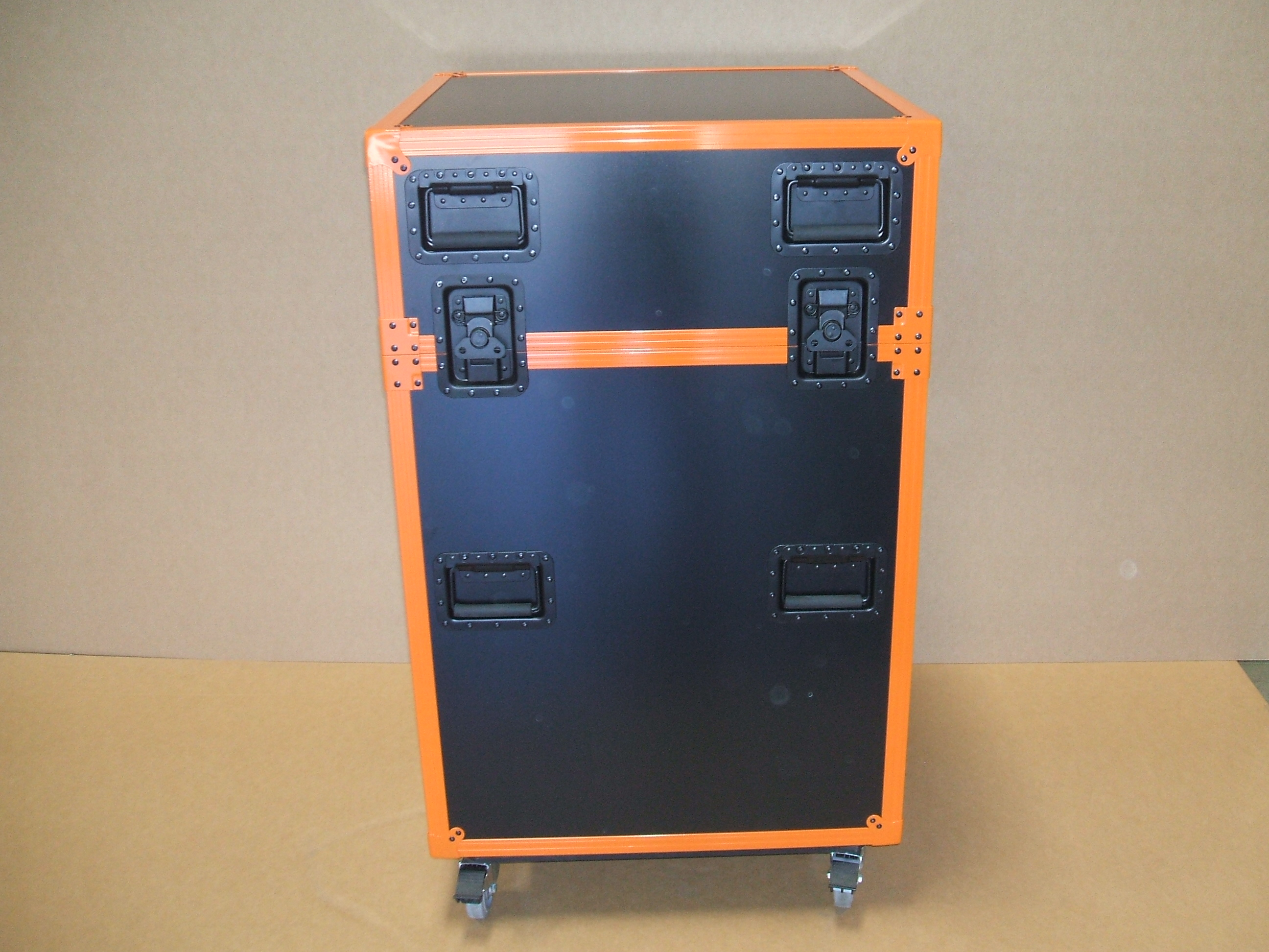 Print # 5914 - Custom Trade Show Shipping Case for a Tablet Display with Orange Powder Coated Hardware  By Nelson Case Corp