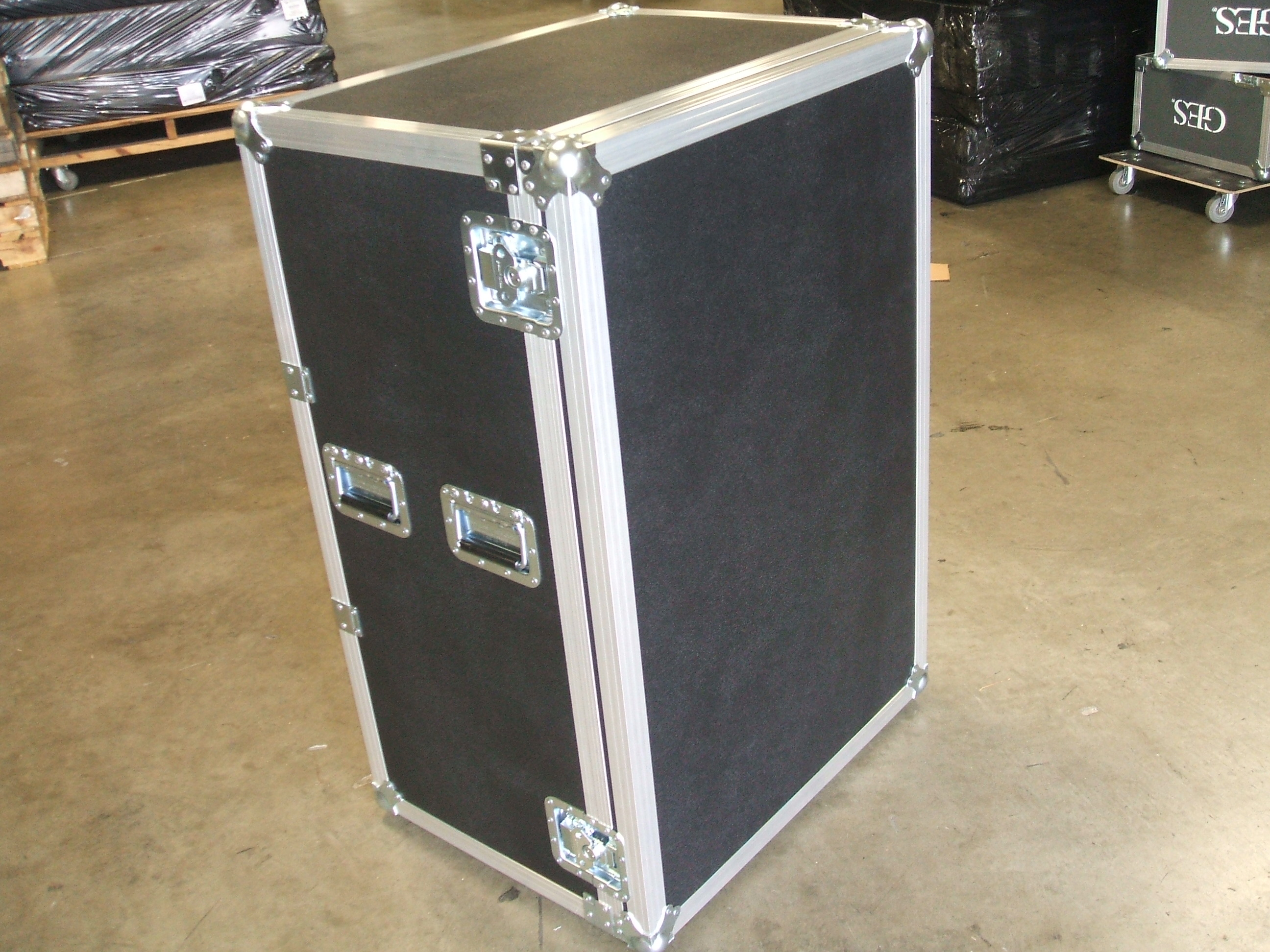 Print # 5924 - Custom Case for (1) JBL 4638 Low Frequency Speakers. By Nelson Case Corp