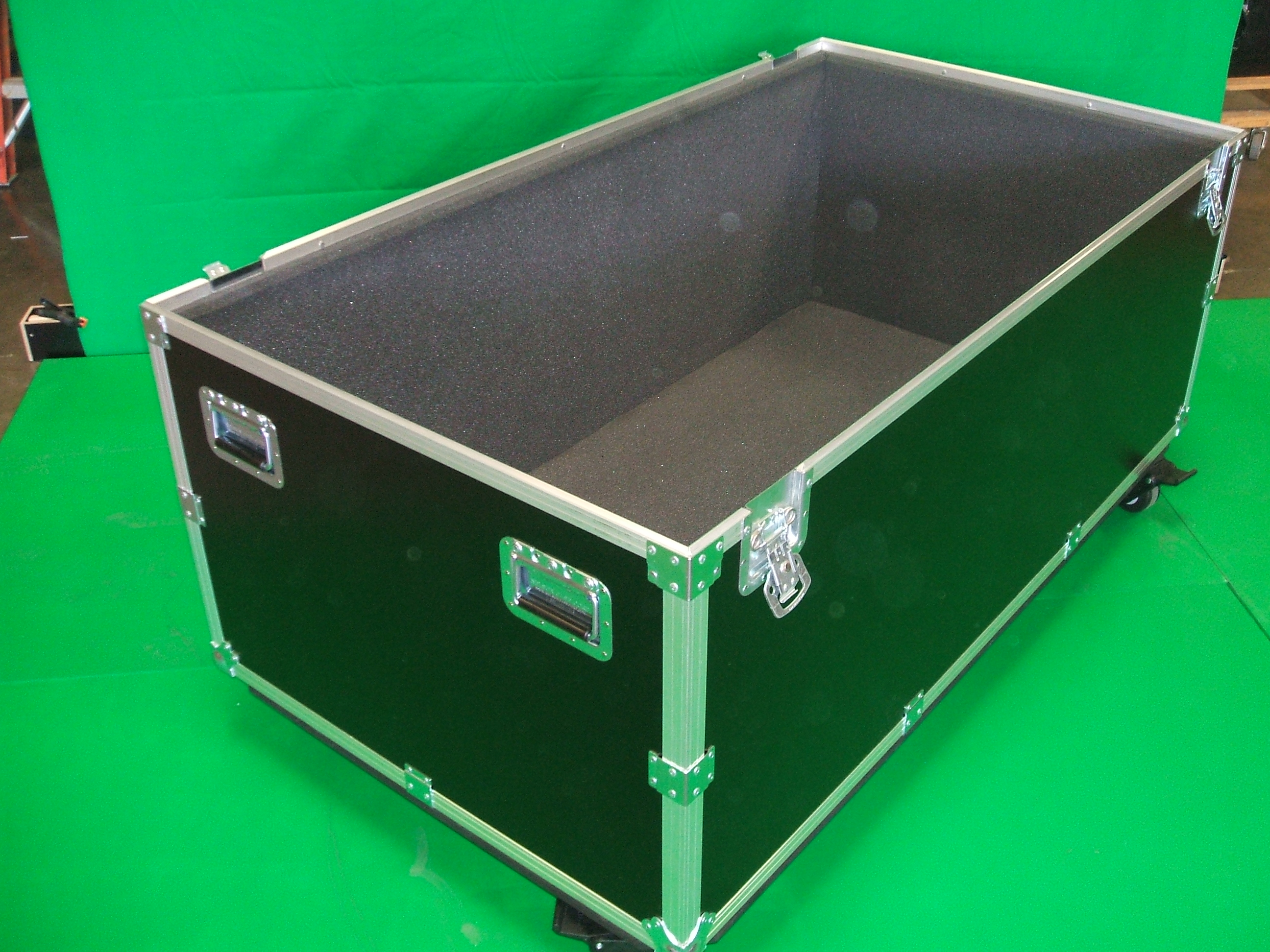 Print # 6017 - Custom Trade Show Display Case for Accessories By Nelson Case Corp