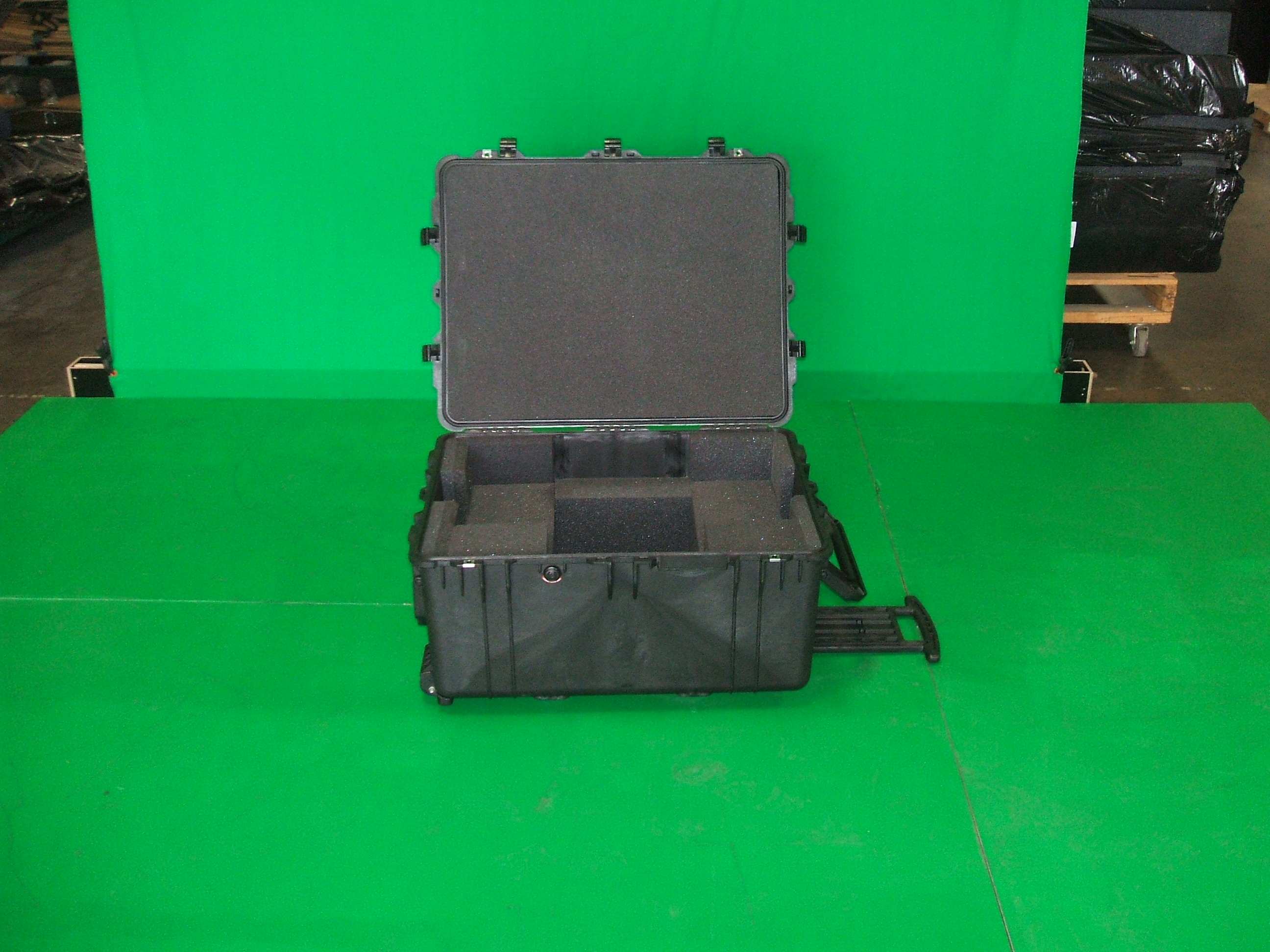 Print # 6023 - Pelican 1630 Case for (1) Apple 27 By Nelson Case Corp
