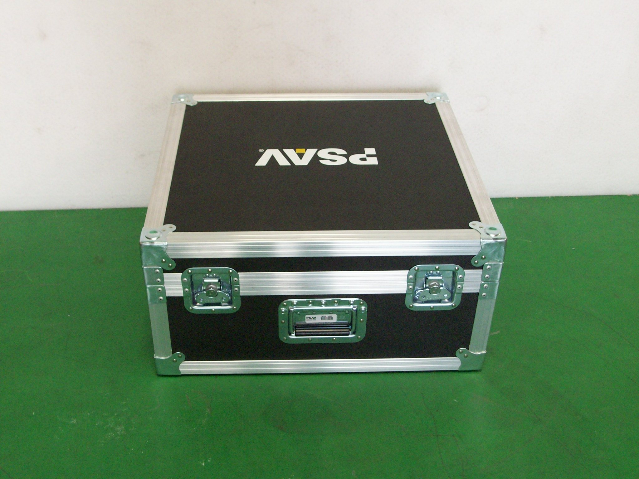 Print # 6371 - Custom Case for (1) Soundcraft Si Performer 1 Mixer with Side Panels By Nelson Case Corp