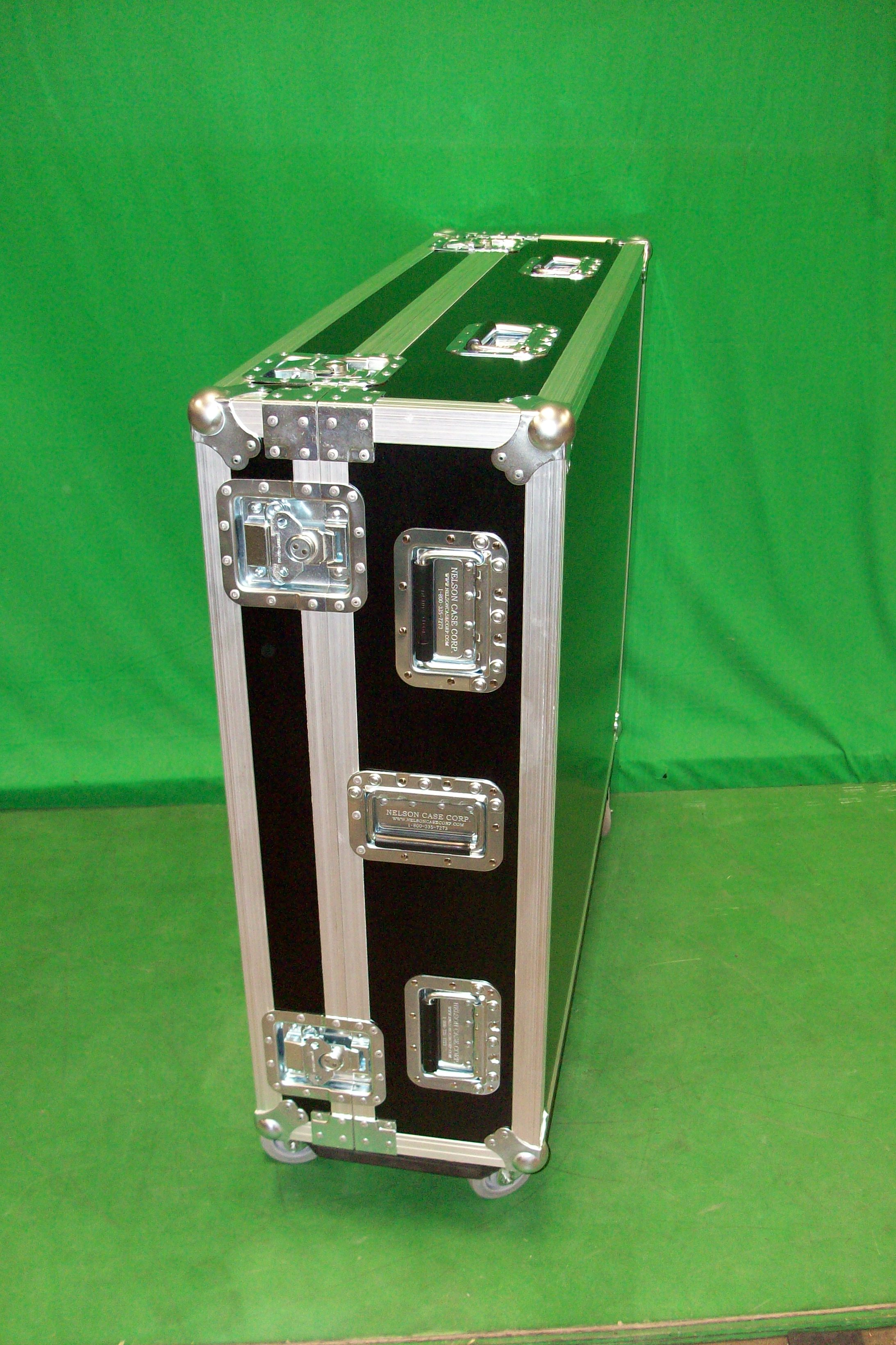 Print # 6558 - Custom Case for (1) Allen Heath GLD-112 Chrome Mixer with 8 Inch Dog House . By Nelson Case Corp