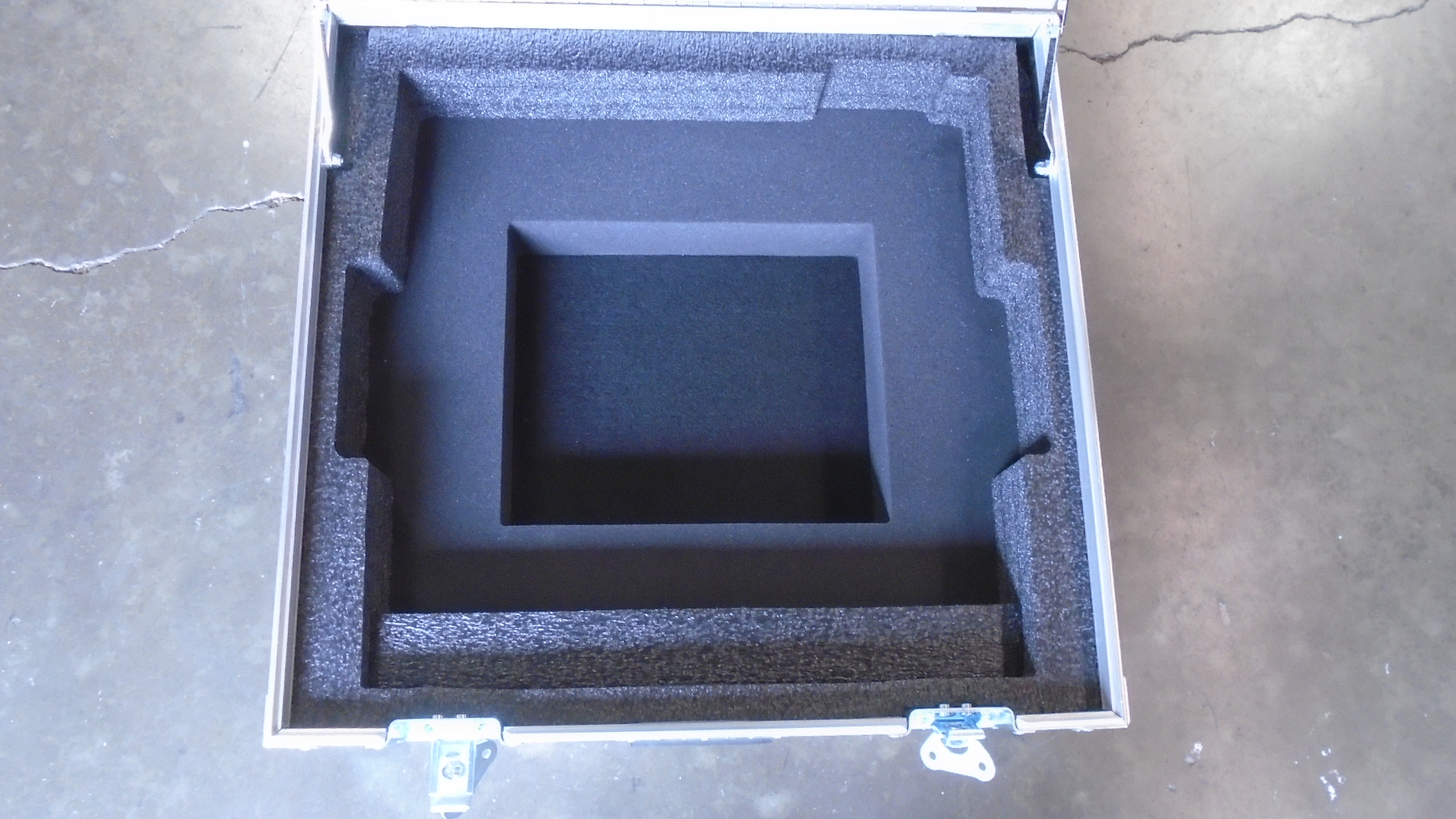 Print # 7032 - Custom Case for Allen & Heath ZED-18 Mixer By Nelson Case Corp