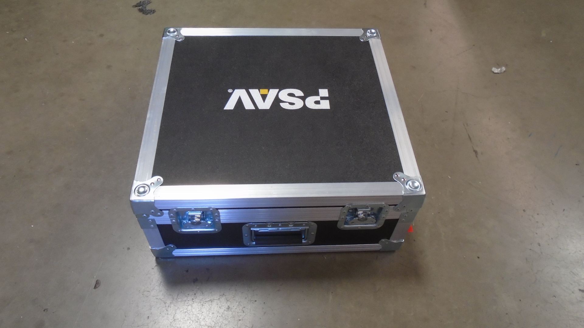 Print # 7608 - Custom Road Case for Soundcraft Signature 16 Audio Mixer By Nelson Case Corp