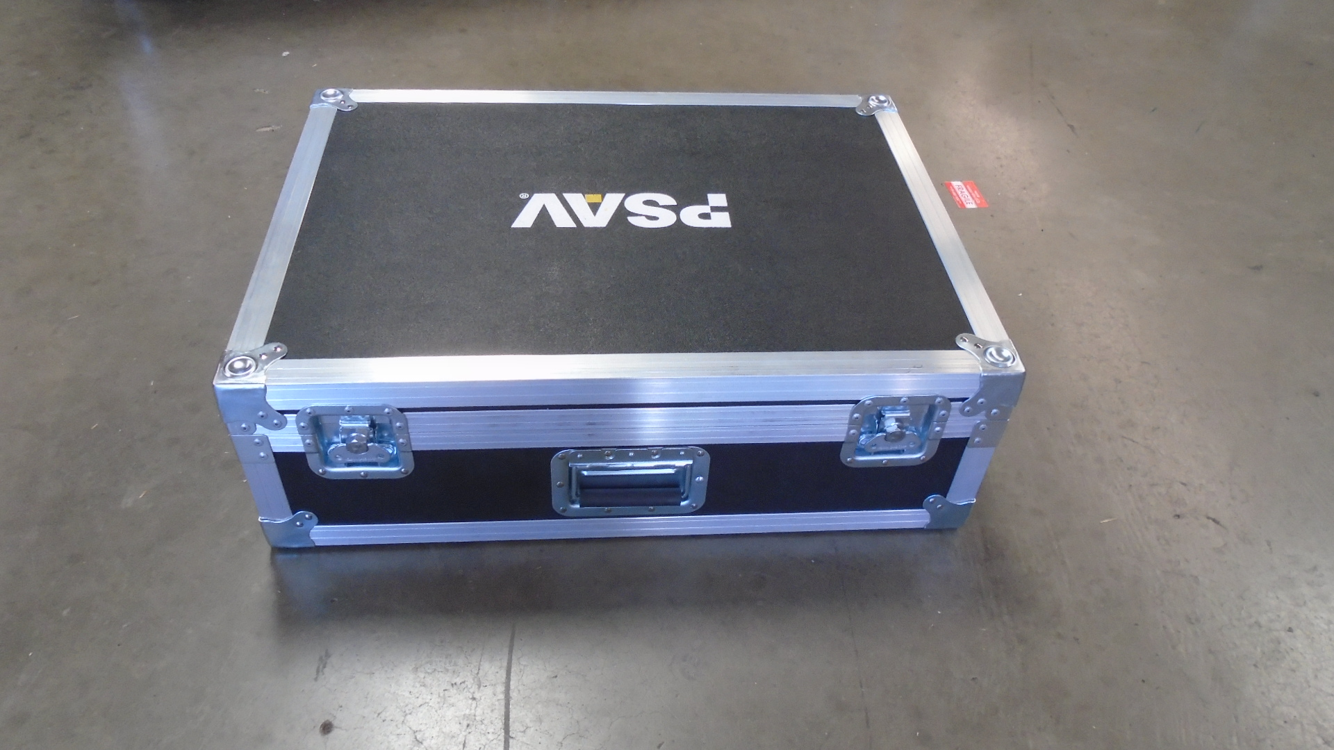 Print # 7609 - Custom Road Case for Soundcraft Signature 22 Audio Mixer By Nelson Case Corp