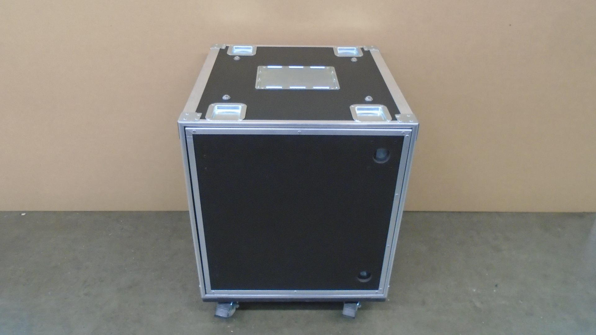 Print # 7614 - Custom 12-RU Shock Mount Road Rack with Pocket Door System By Nelson Case Corp
