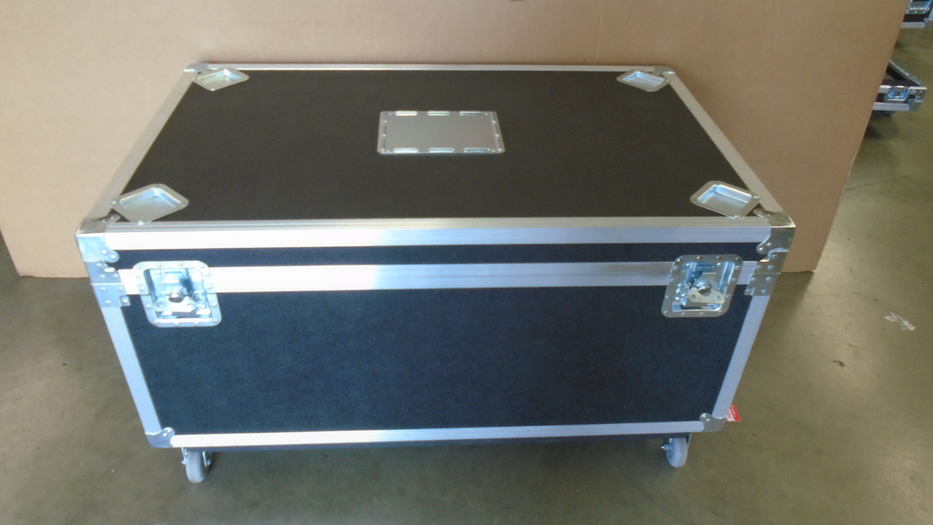 Print # 7714 - Custom Road Case for 2-Pack Corrugated Boxes for Dell U2412M UltraSharp Monitor Kits By Nelson Case Corp