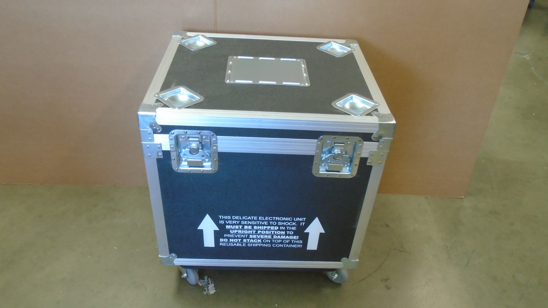 Print # 7721 - Custom Road Case for 5-Pack Small Monitor Kit By Nelson Case Corp