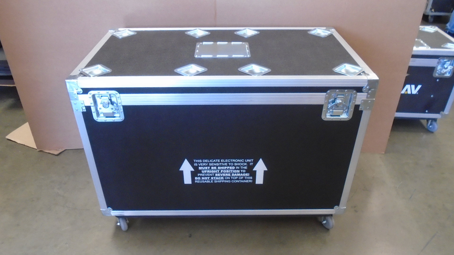 Print # 7722 - Custom Road Case for 5-Pack Large Monitor Kit By Nelson Case Corp