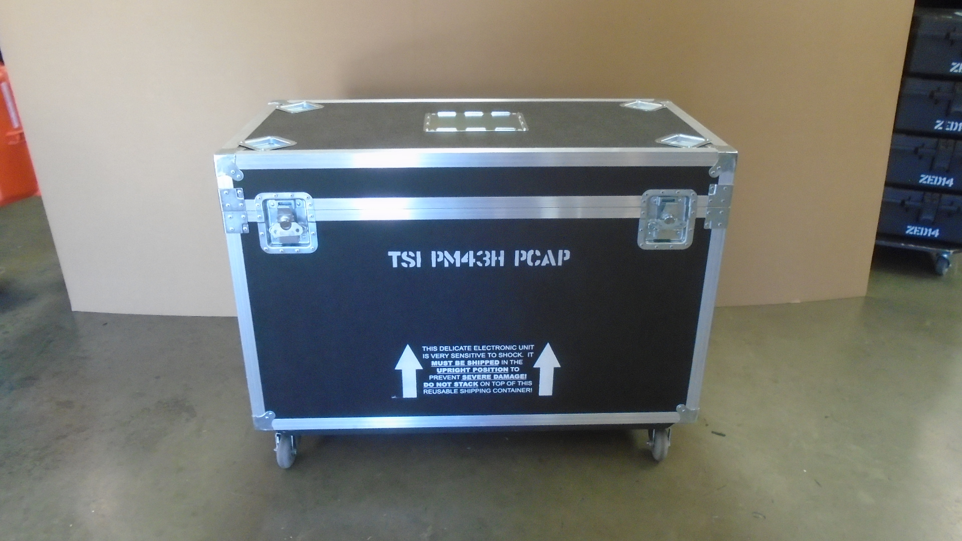 Print # 7788 - Custom Road Case for 2-Pack Samsung PM43H TSI PCAP Monitor Kit	 By Nelson Case Corp