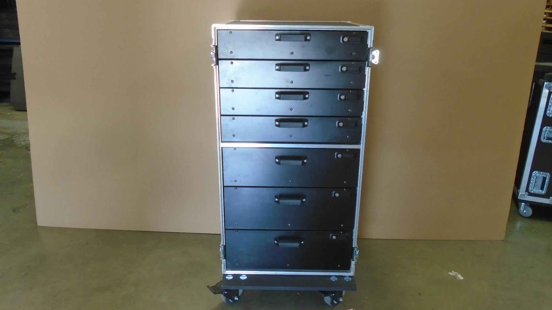 Print # 7809 - Custom 7 Drawer Work Box By Nelson Case Corp